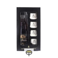 Licor de bellota SABORES EXTREMEÑOS 70 cl. + 4 vasos.