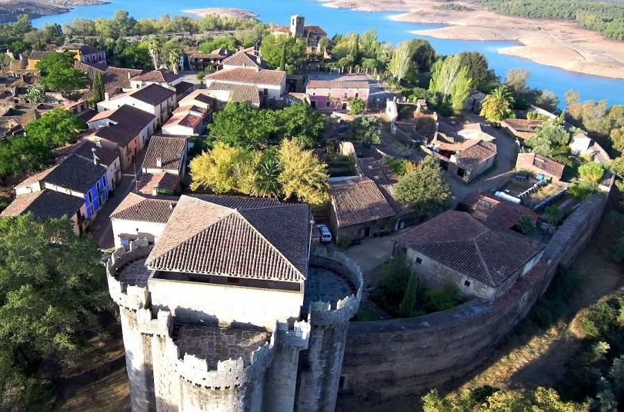 Granadilla ¡Uno de los pueblos abandonados más bonitos de Cáceres!